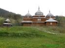 Дерев\'яна церква в селі Головецько