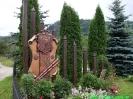 Капличка поблизу дерев`яної церкви Св. Пантелеймона